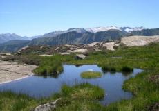 De nombreux petits lacs facilement accessibles