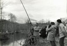Le préfet de l'Ariège inaugure la pisciculture.