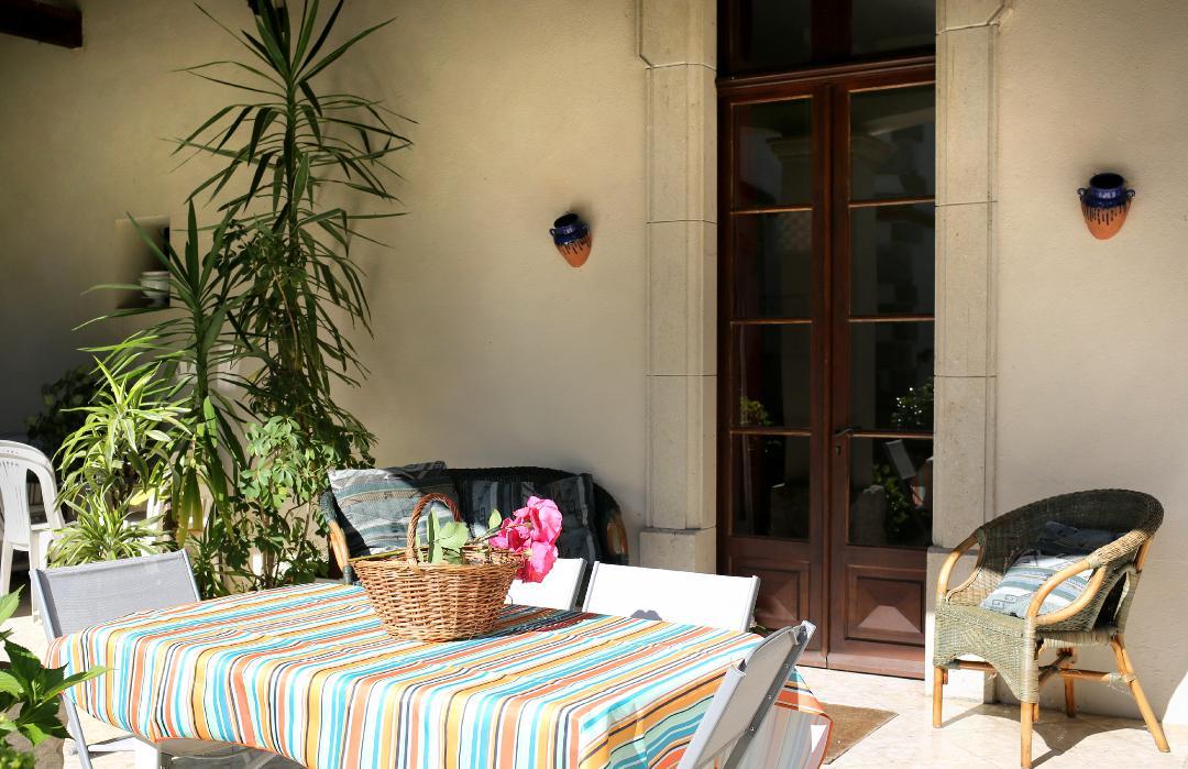 La terrasse du gite de l'Arget